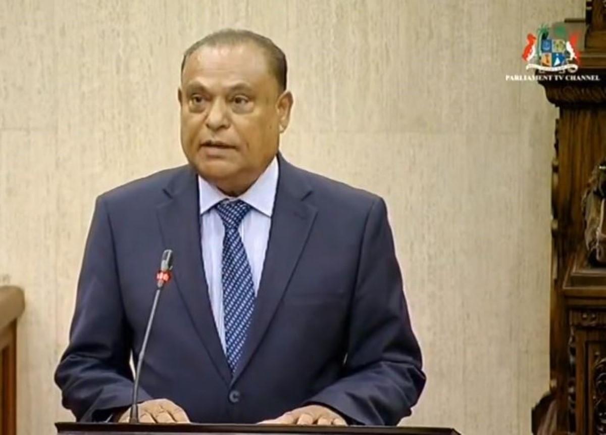 Le nouveau Speaker de l'Assemblée nationale est Sooroojdev Phokeer