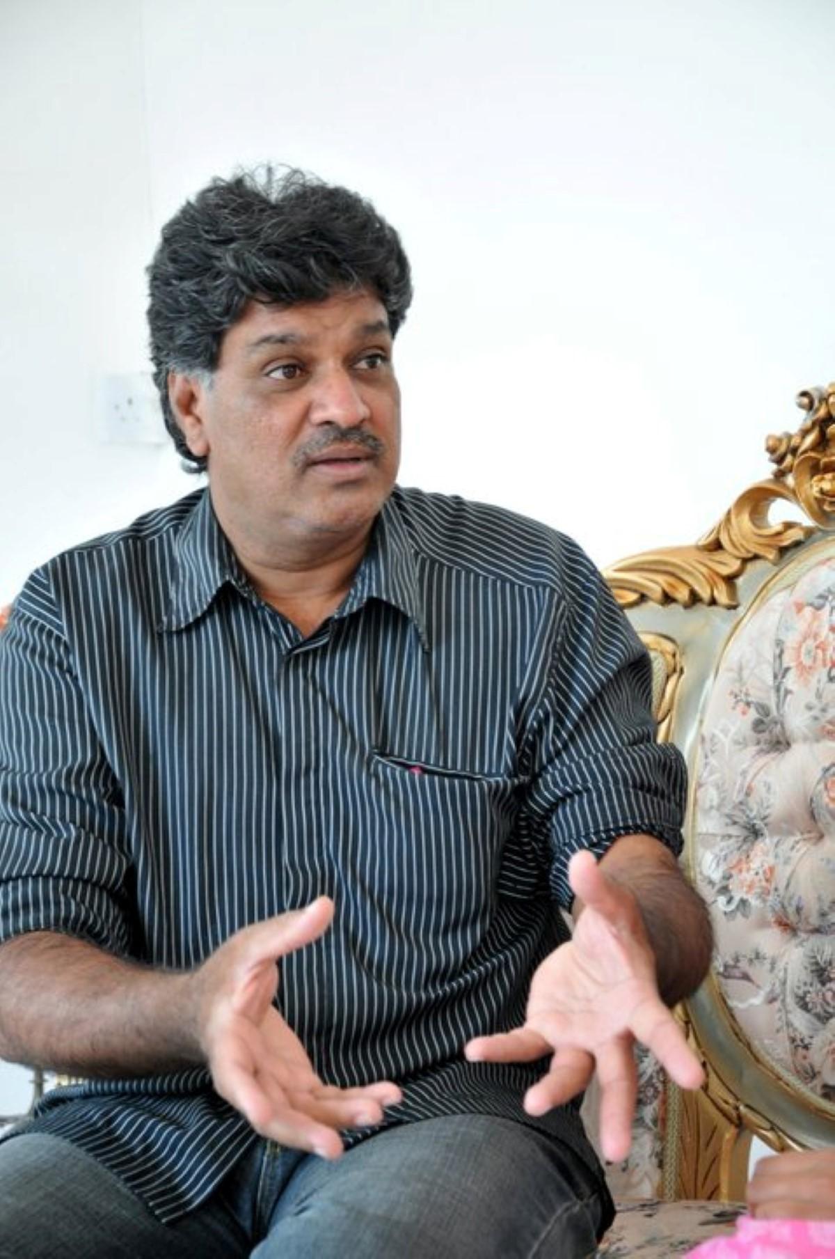 « Je suis un client de la MauBank », affirme Salim Muthy