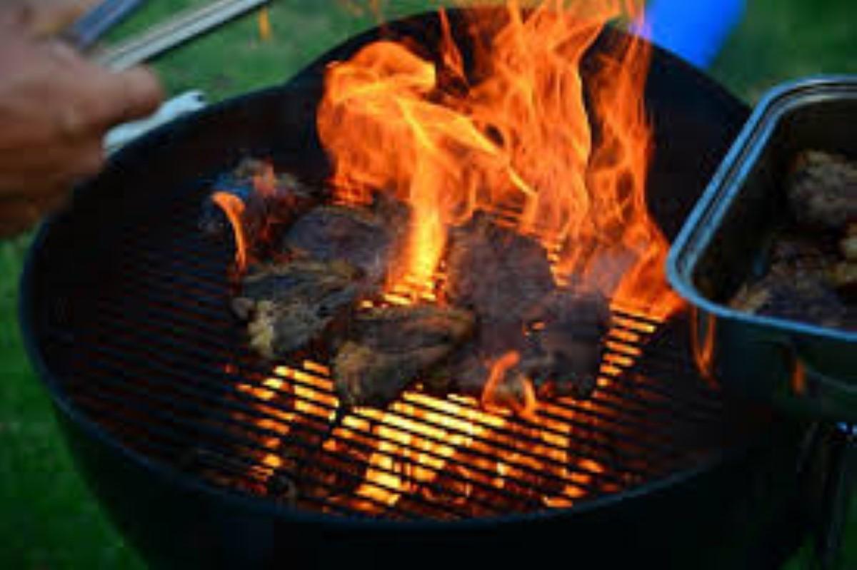 Le barbecue, un plaisir qui n'est pas sans risque : Un homme hospitalisé à l'unité des grands brûlés