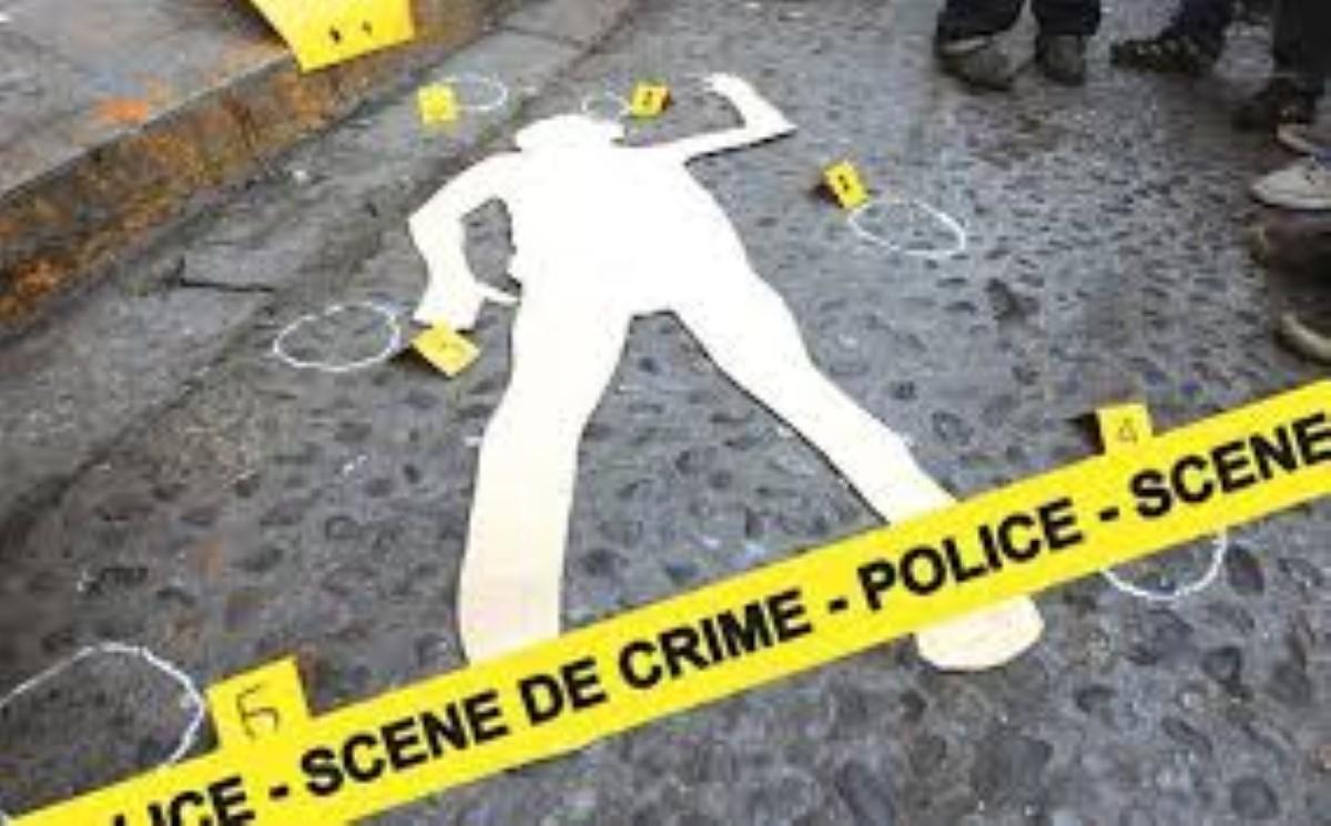 Sur la route de St-Félix : Le corps d'un homme traîné par un tracteur