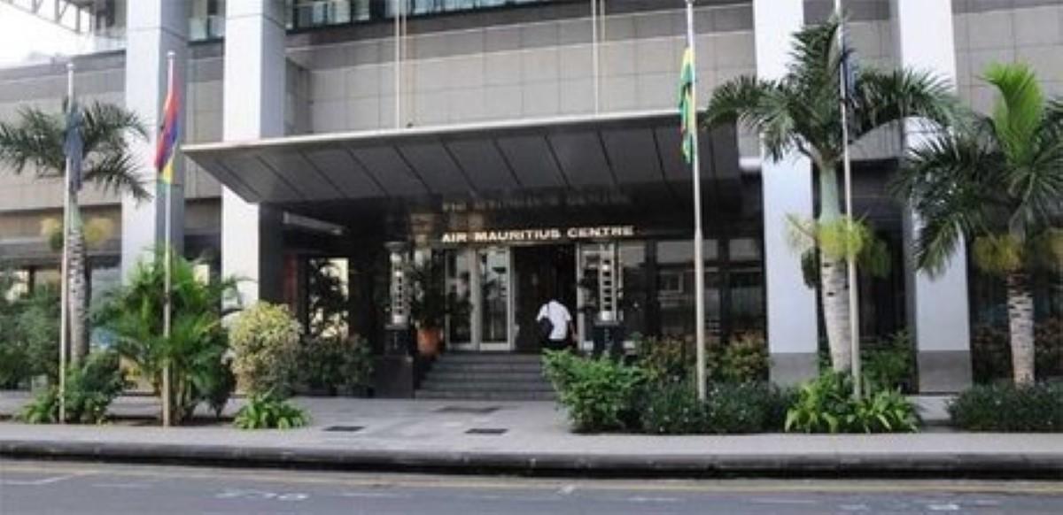 Dix employés initient des poursuites contre Air Mauritius
