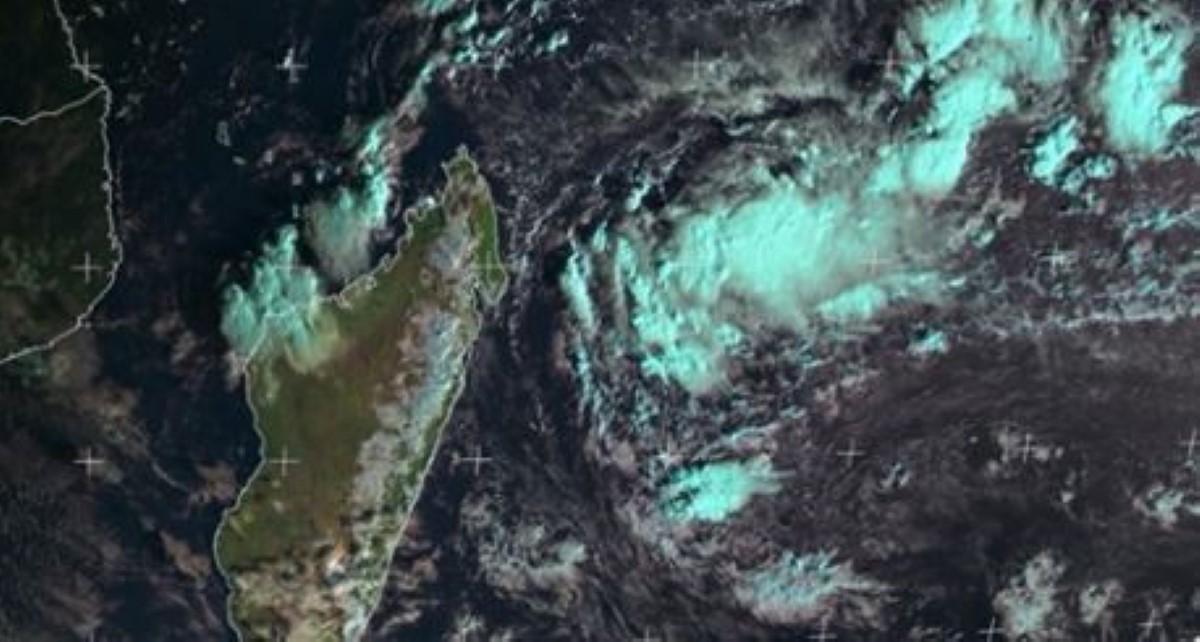 Activité cyclonique : Deux systèmes dépressionnaires au cours des prochains jours dans les Mascareignes