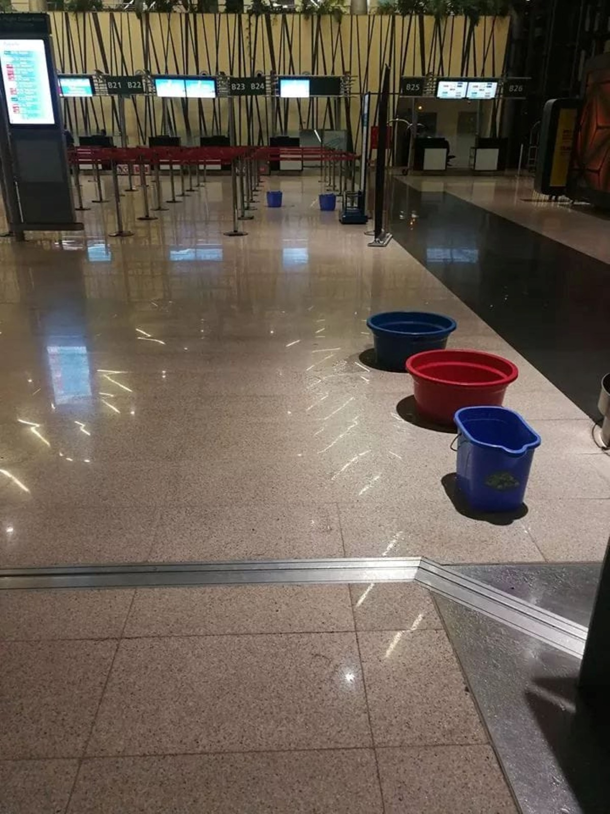 L'aéroport de Plaisance sous la flotte !