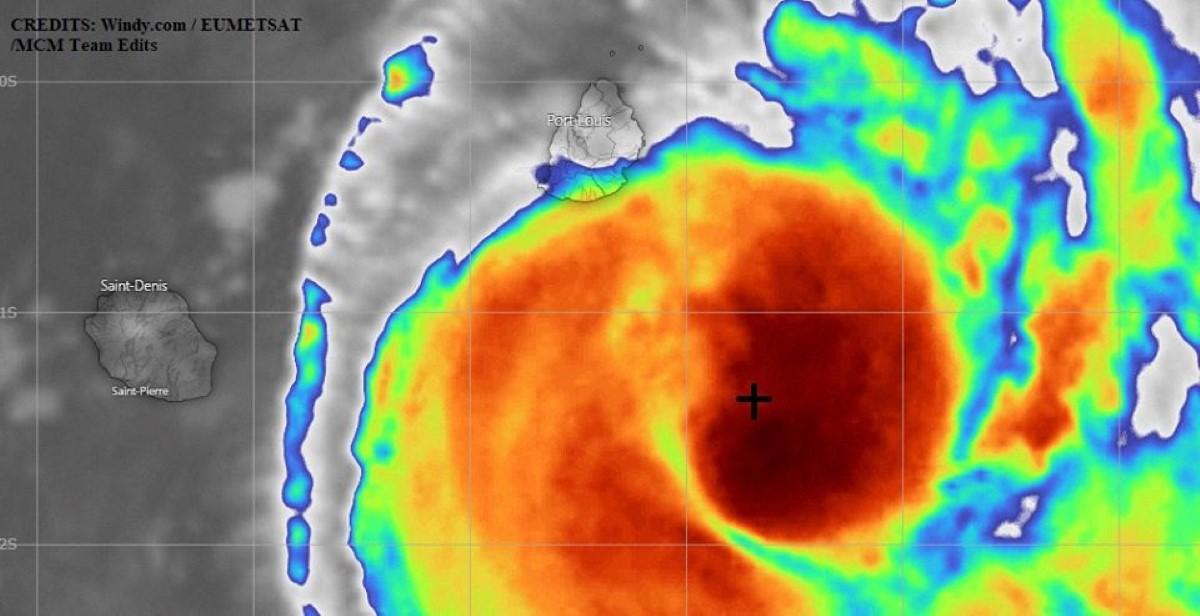La forte tempête Calvinia commence sa descente vers le sud-sud-ouest, alerte 3 bientôt enlevée ?