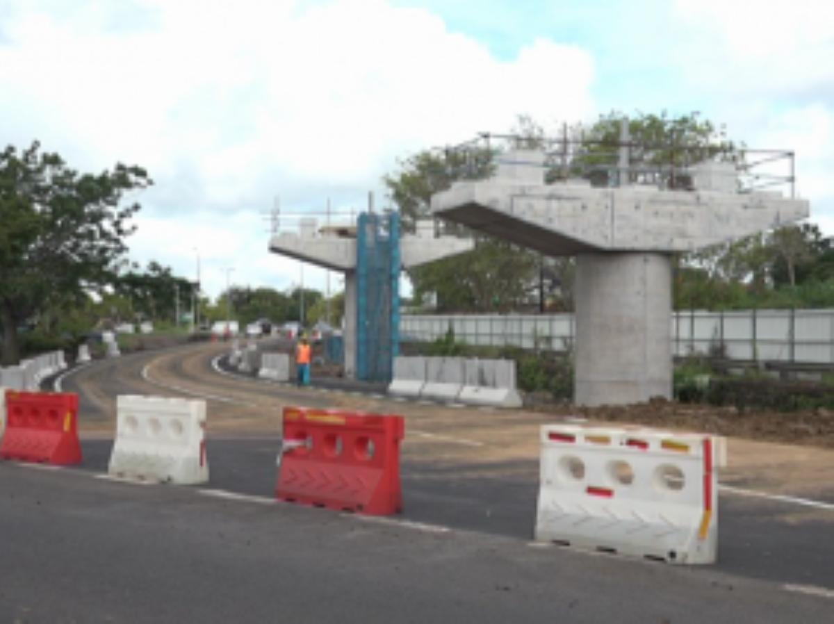 Travaux Metro Express : La voie d'entrée de St-Jean en direction de Quatre-Bornes n'est plus accessible