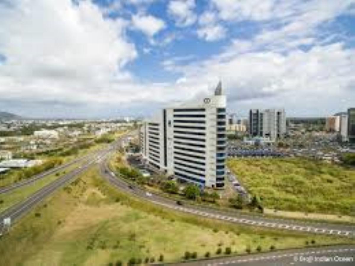Ebène : le Car Park Tower au coût de près de Rs 400 millions opérationnel au mois de mars