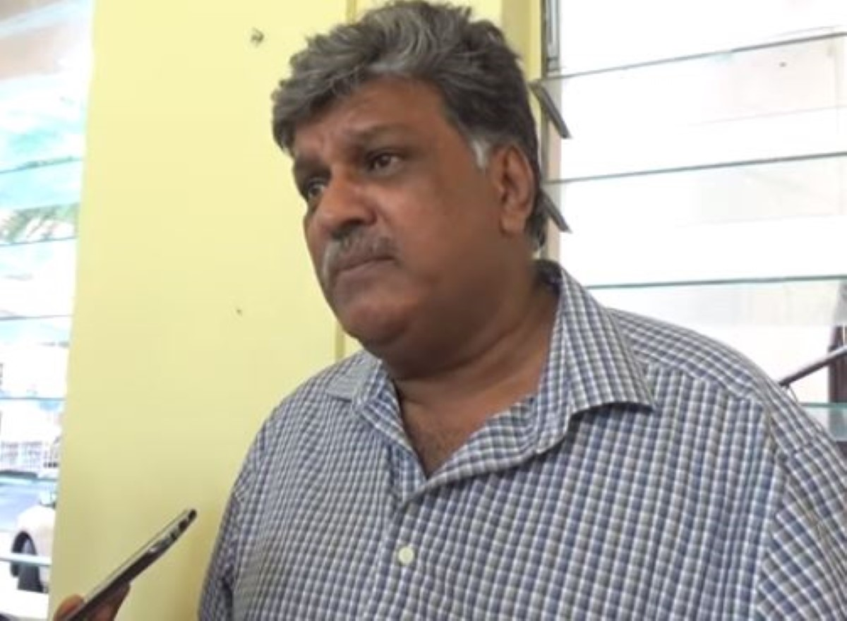 "[Super Cash Back Gold] Salim Muthy déclare : ""zot inn couyonne et anbet dimun, zot inn fer vote zot"""