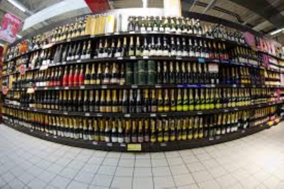 Une femme se retrouvera un mois en prison pour le vol de deux bouteilles d'alcool