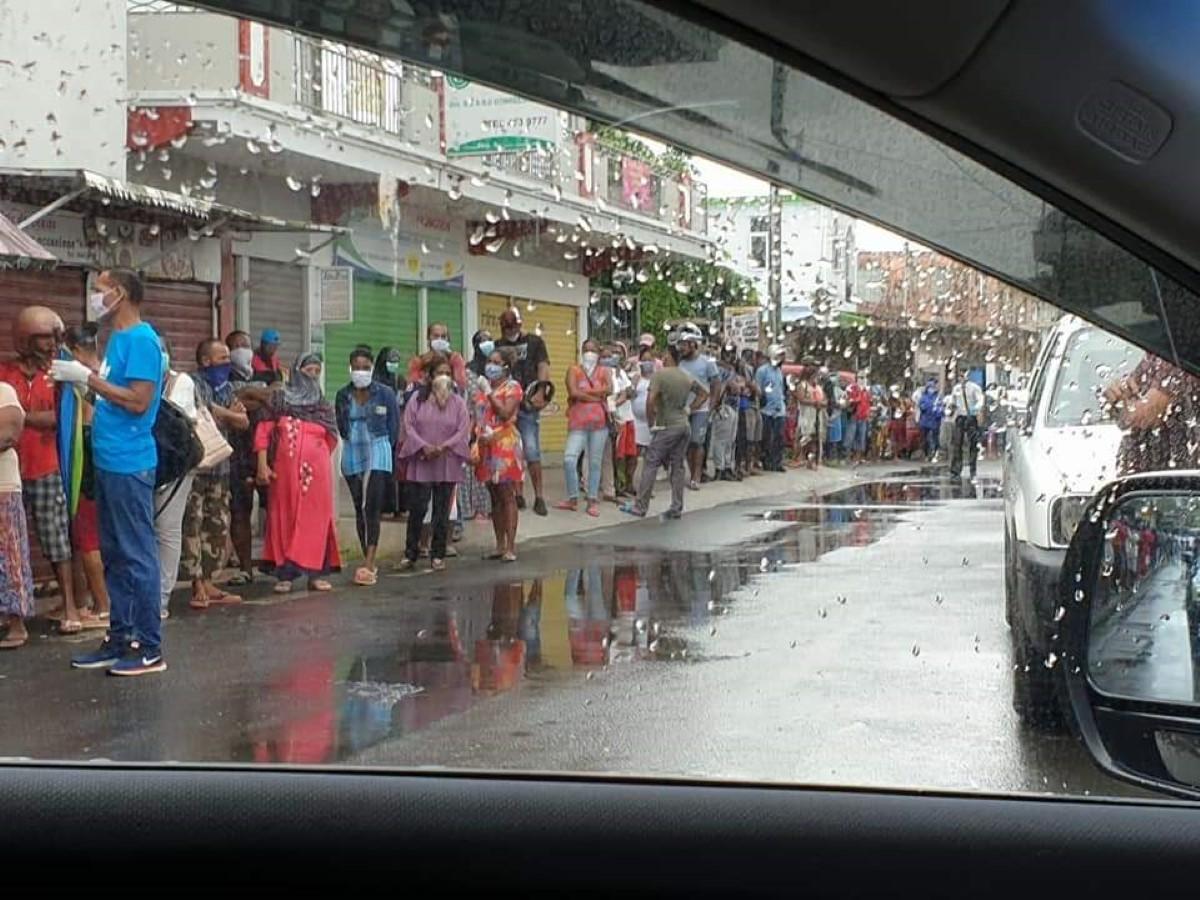 Confinement : attention au relâchement, les rues sont de nouveau très fréquentées
