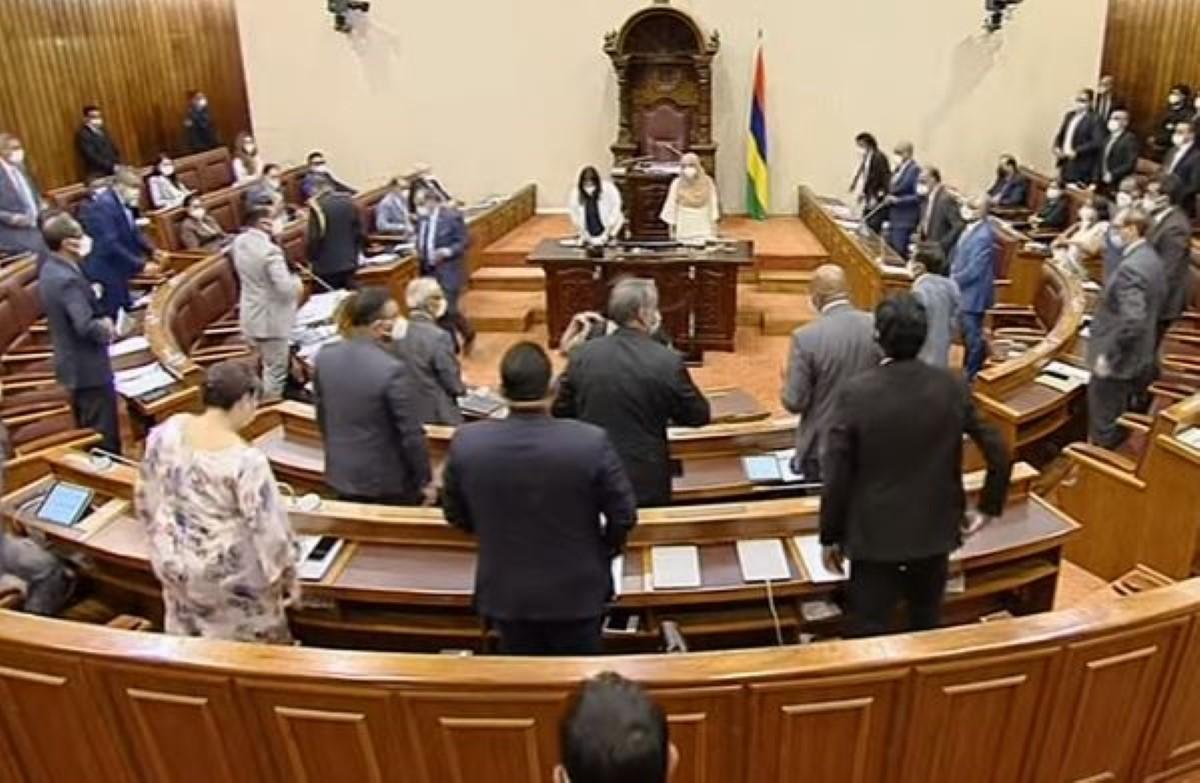 Accrochage entre Shakeel Mohamed et Pravind Jugnauth : La séance suspendue avant la fin de la PNQ