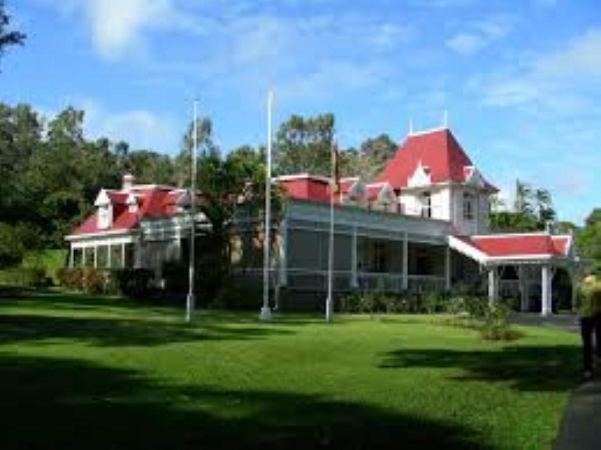 Clarisse House : Un voleur de légumes sème les officiers VIPSU