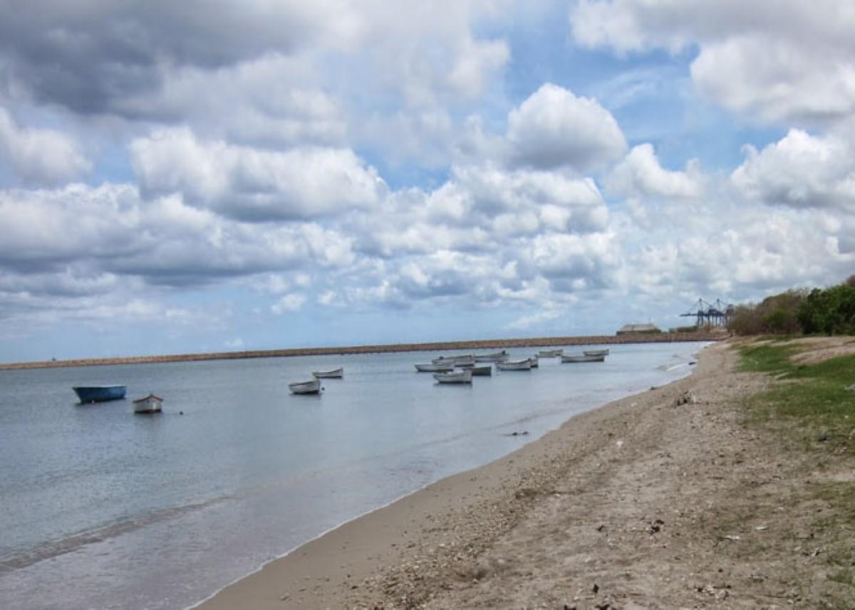 Bain-des-Dames : Un policier épinglé avec de la drogue sur la plage
