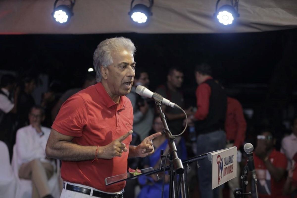 Arvin Boolell appelle les Mauriciens à descendre dans la rue