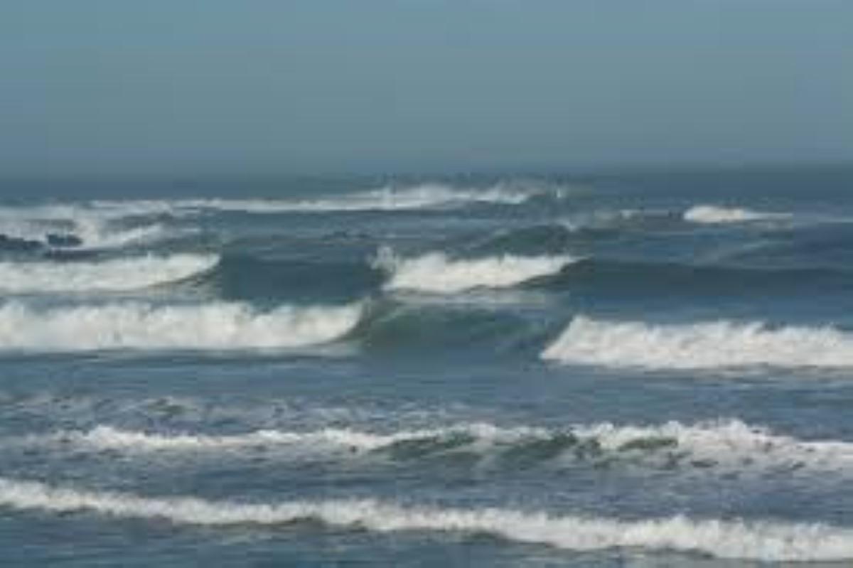Houle de 3 mètres, les sorties en haute mer et dans les lagons du Sud et de l'Est déconseillées
