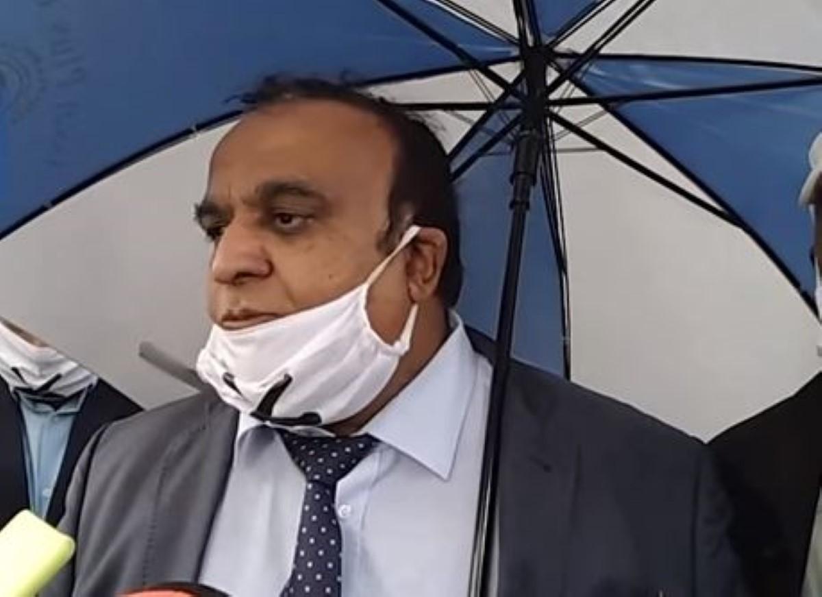 Rajen Narsinghen conteste le comité disciplinaire