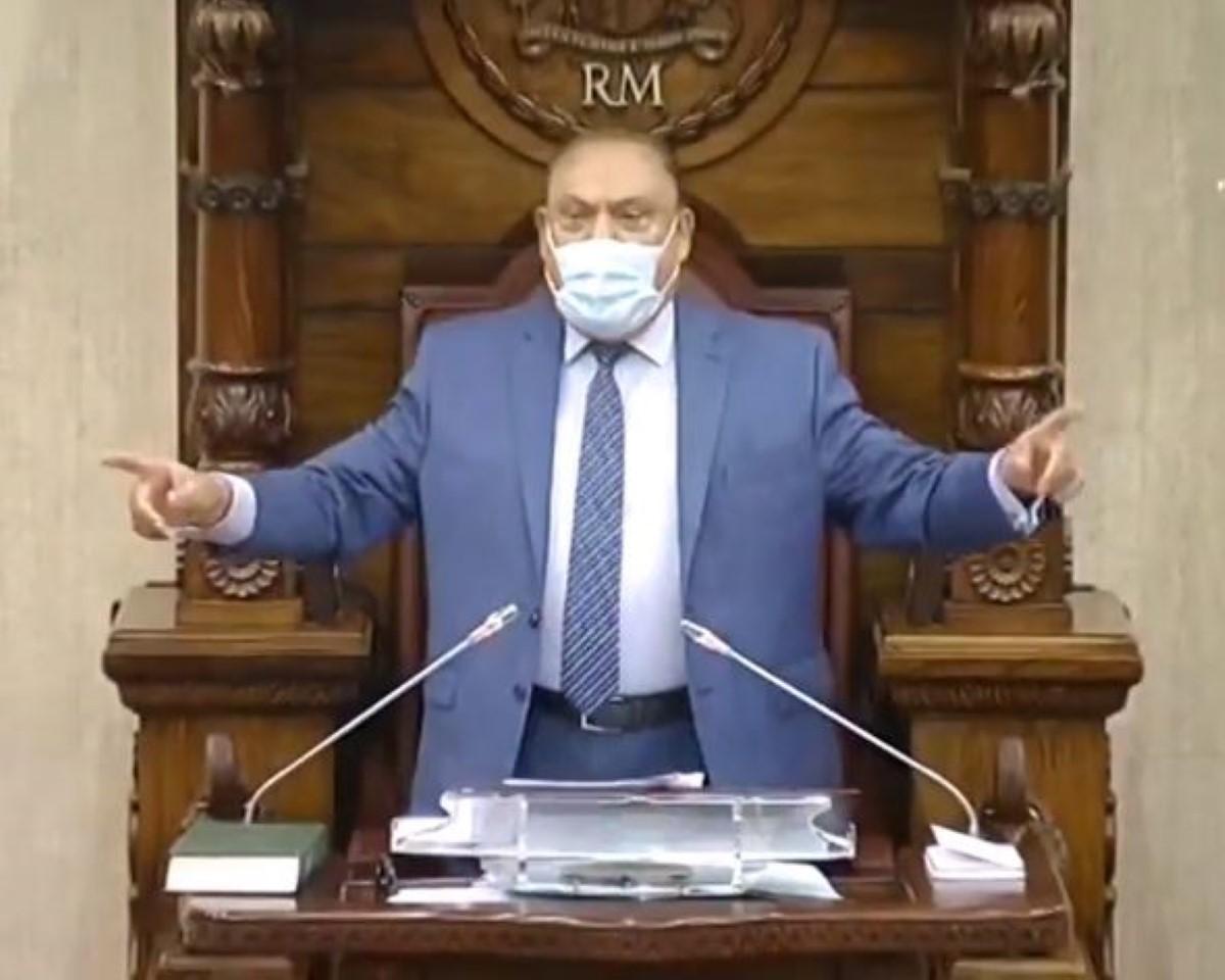 La motion de blâme contre le Speaker, Sooroojdev Phookee enfin à l'ordre du jour