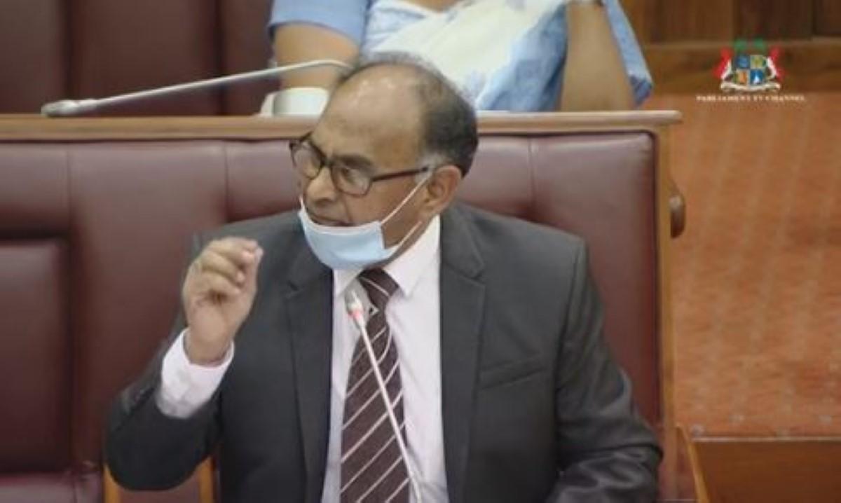 Alan Ganoo estime qu'il n'y a aucun problème à nommer un politicien comme Speaker
