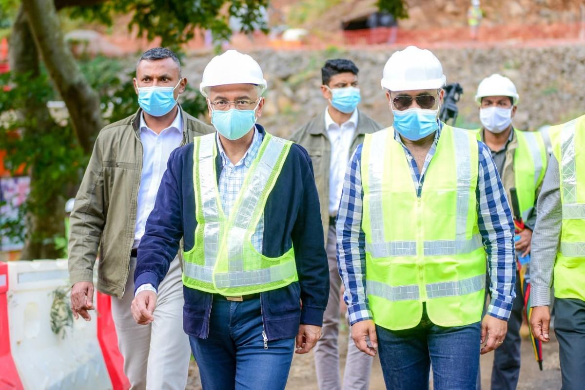 Scandale pharmaceutique : Pravind Jugnauth menace la presse et reste sur sa ligne de défense