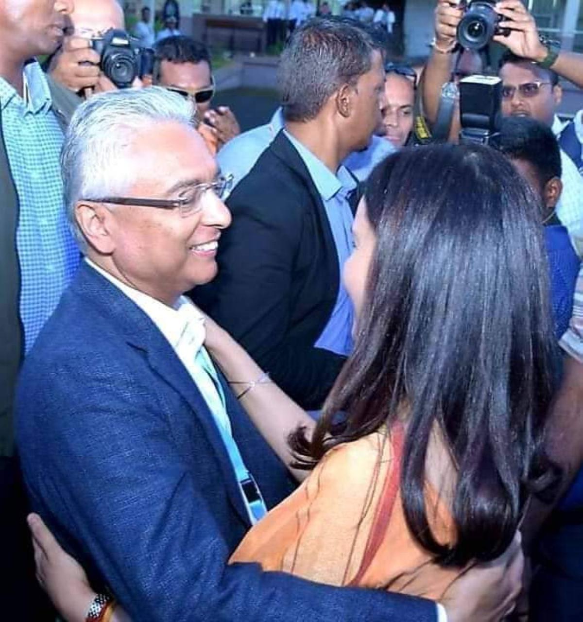 La schizophrénie pathologique de Pravind Jugnauth emmène l'île Maurice vers la dictature