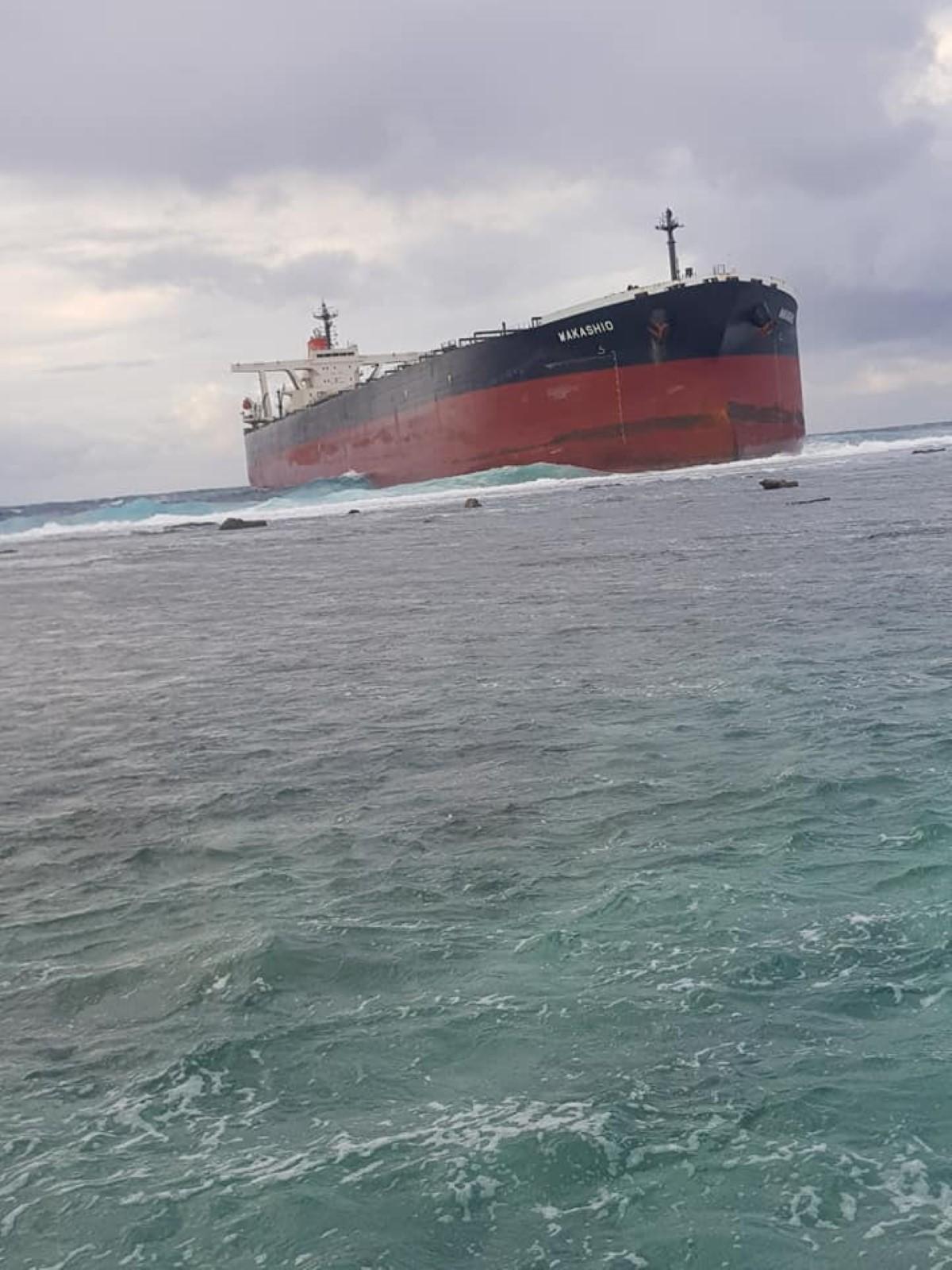 Pointe d'Esny : Les 10 membres de l'équipage du Wakashio en quarantaine