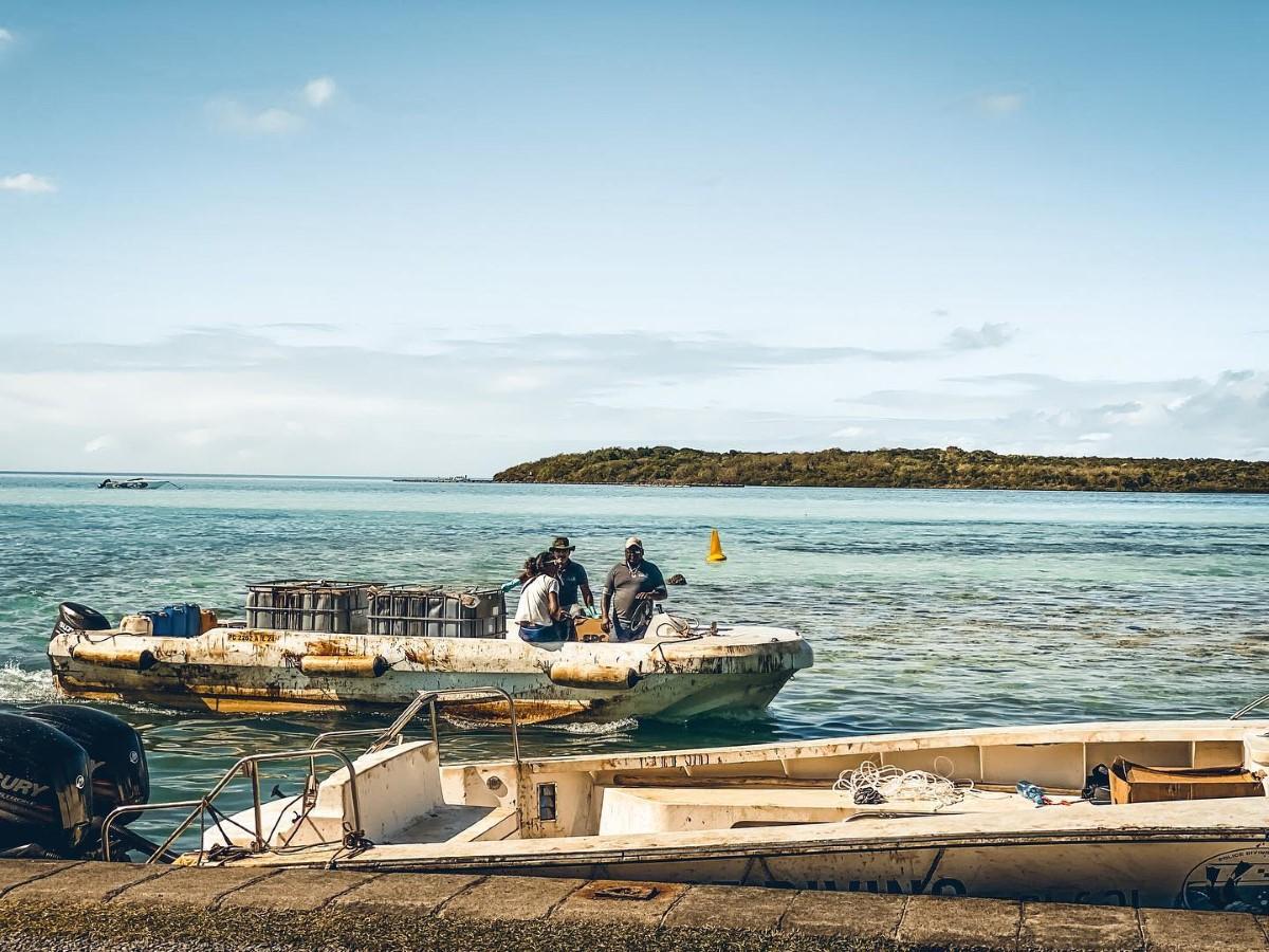 Nettoyage du lagon : le ministère de la Pêche propose Rs 800 aux pêcheurs