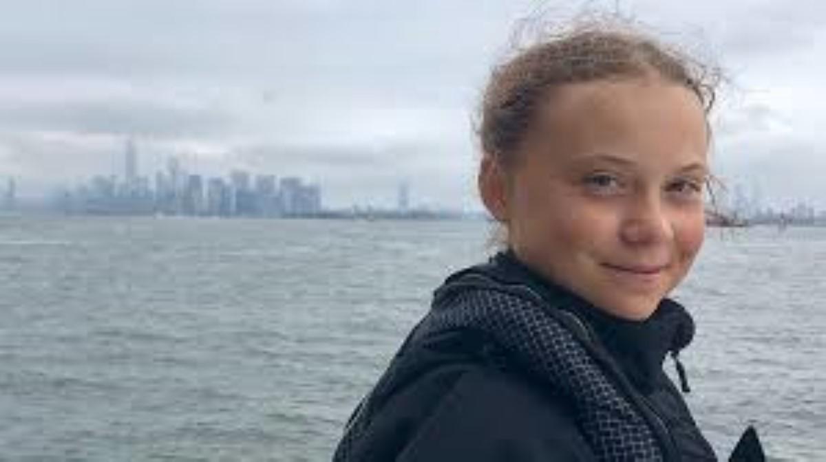 Marée noire: la fondation Greta Thunberg fait un don de Rs 400 000 à l'île Maurice