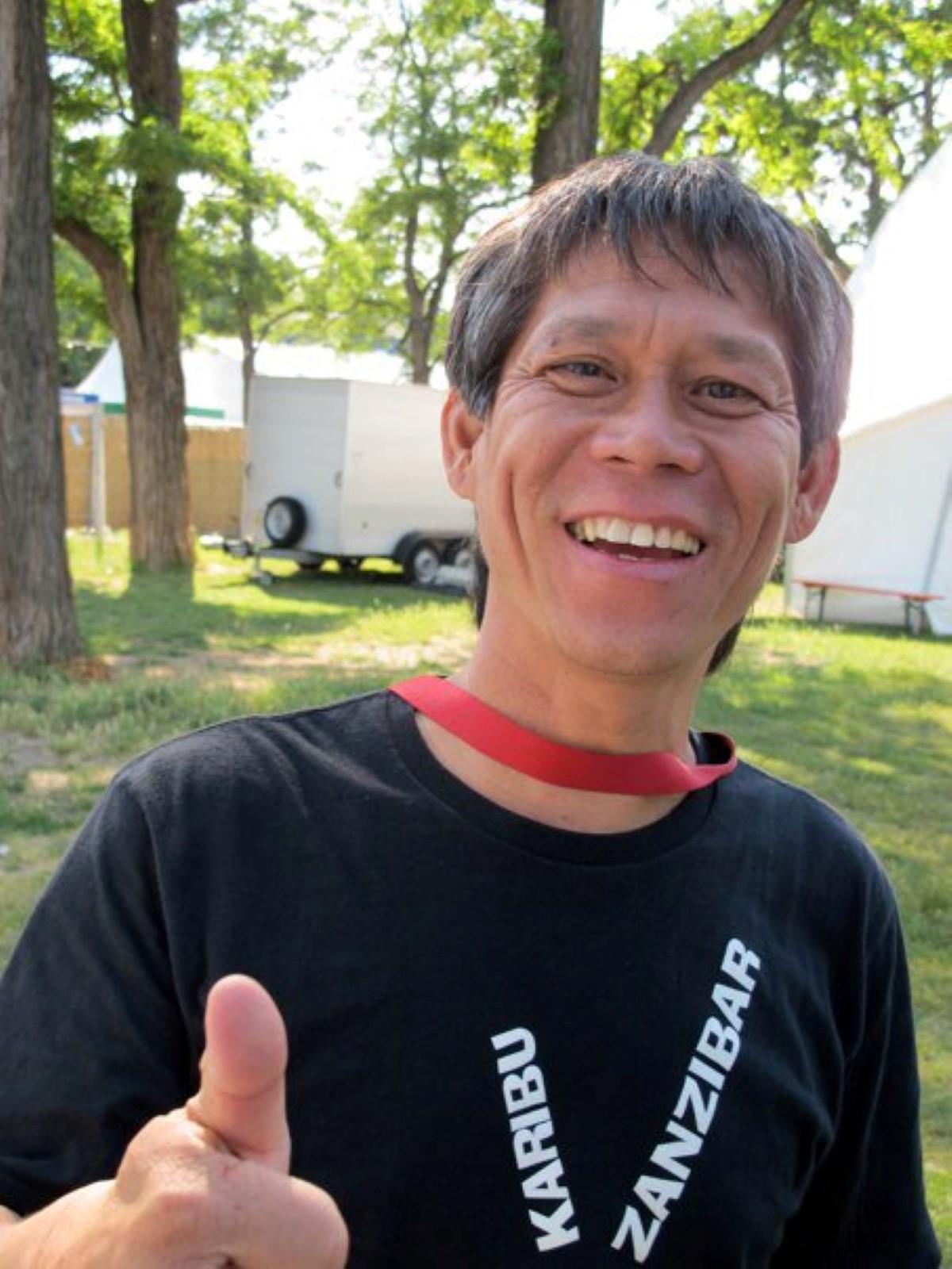 Percy Yip Tong porte plainte contre des affiches de haine