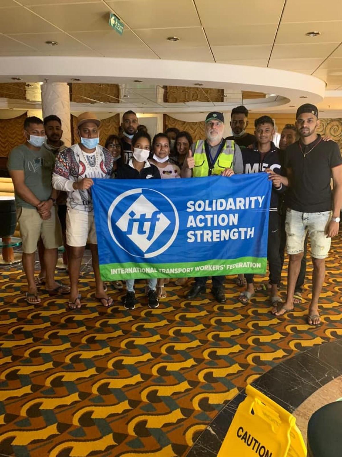 Rapatriement des employés des bateaux de croisière confinés depuis 7 mois au Brésil