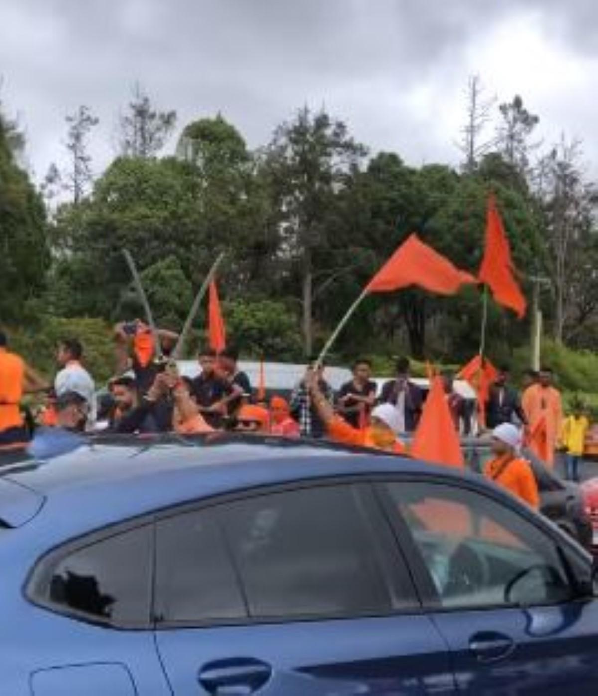 Rallye hors-la-loi: Six interrogatoires pour l'histoire des sabres