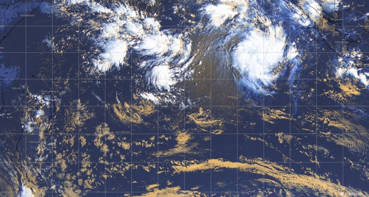 Future Tempête Tropicale ALICIA, top départ pour la saison cyclonique