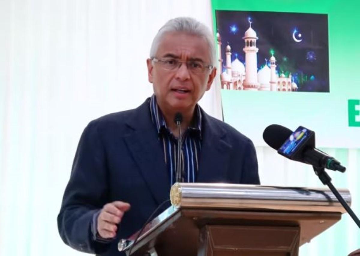 Pravind Jugnauth cogne de nouveau sur les « patrons du tourisme »