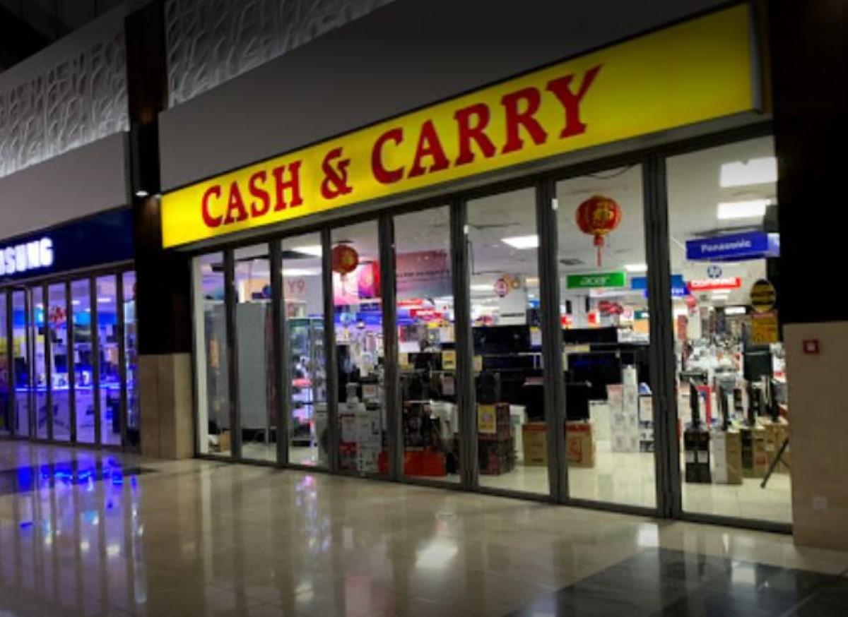 Cash & Carry sous administration volontaire