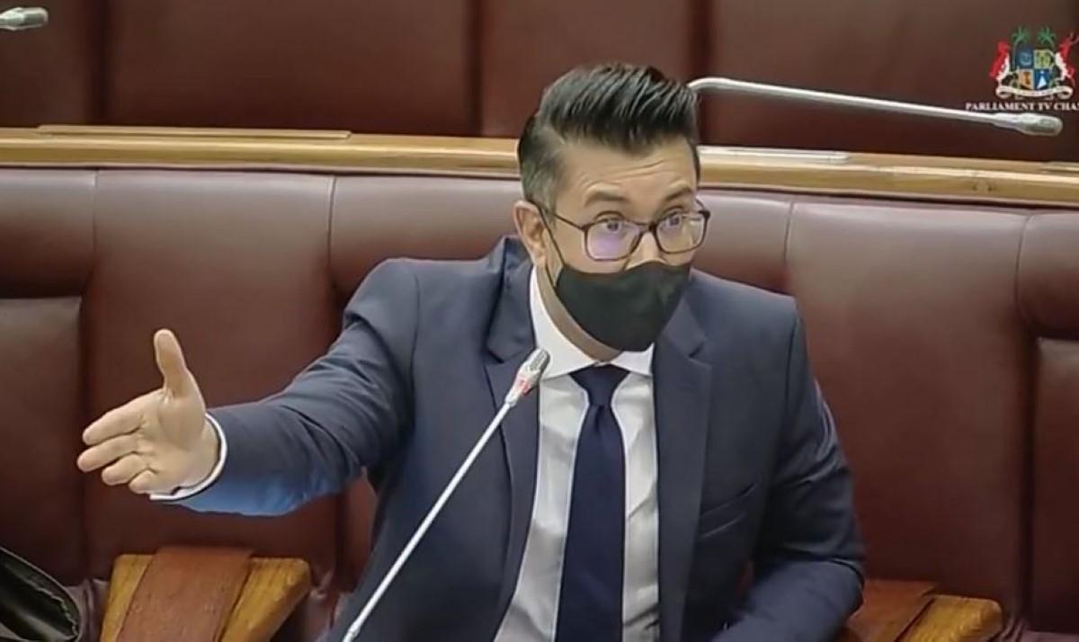 Plainte constitutionnelle de Shakeel Mohamed contre le Speaker