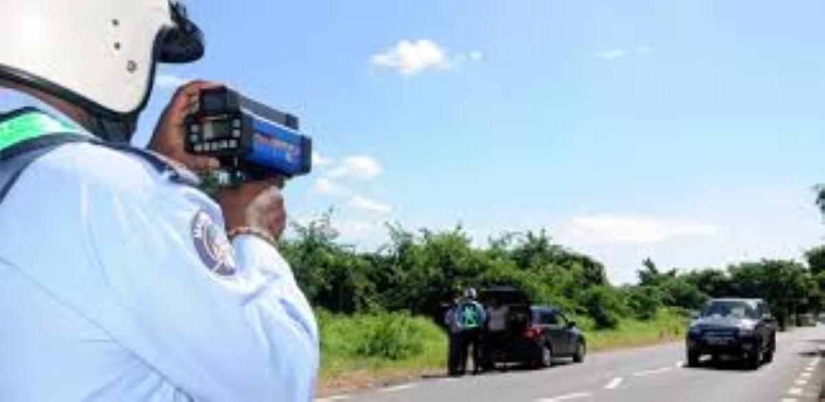 Sécurité routière : 10 000 policiers sur les routes à partir du 15 décembre