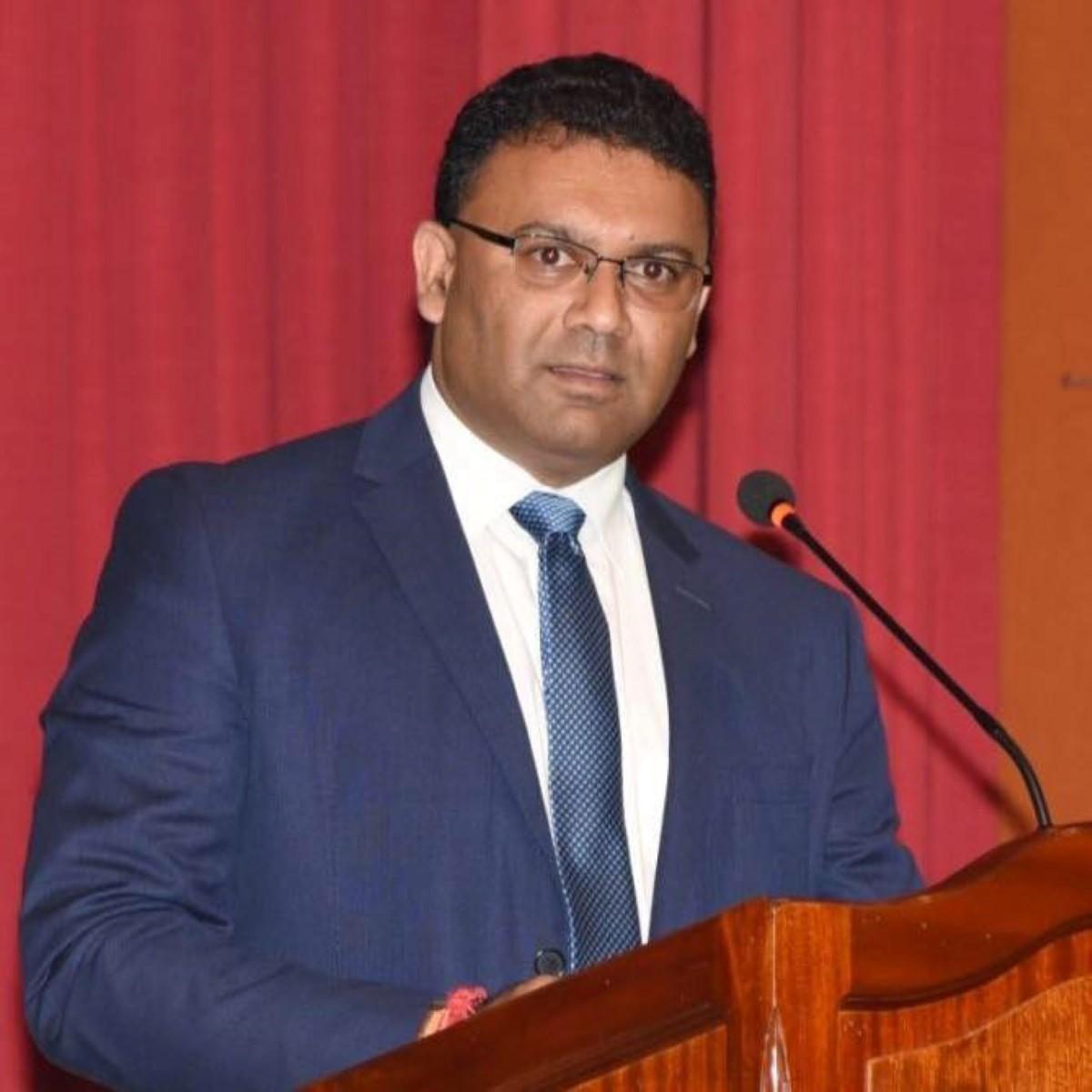Emploi fictif : Sawmynaden convoqué en cour le 29 décembre