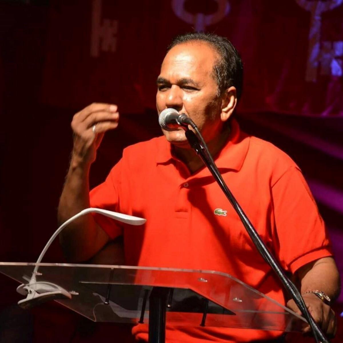 Pétition électorale : Anil Bachoo jette l'éponge