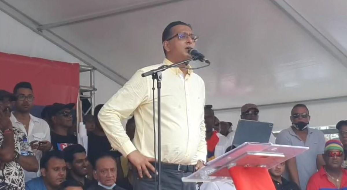 """Roshi Bhadain: """"Pravind Jugnauth a-t-il tué un homme dans un accident de la route ?"""""""