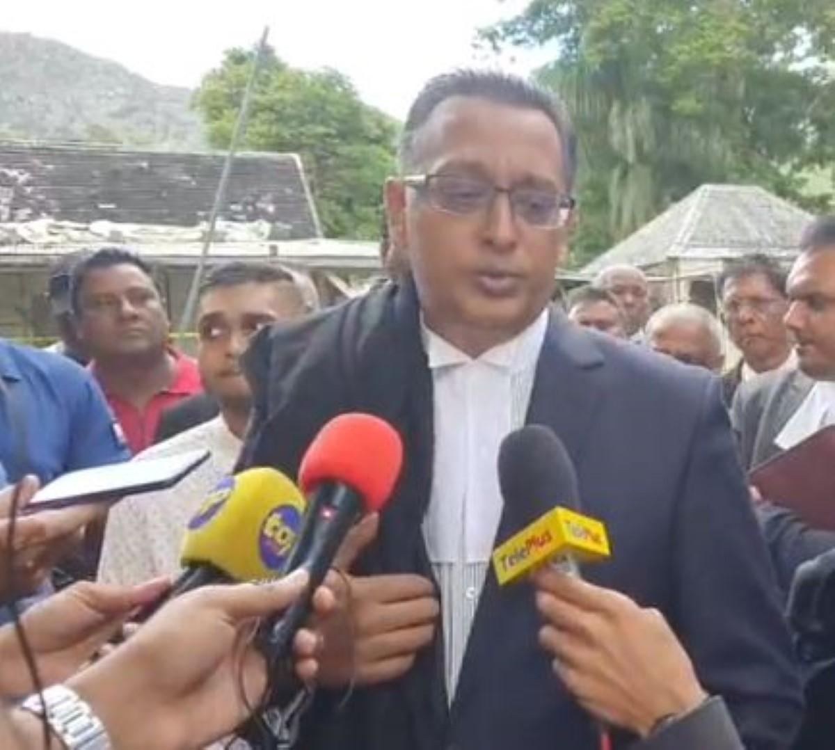 Bhadain logera une Private Prosecution contre Pravind Jugnauth, Leela Devi Dookun-Luchoomun et Yogida Sawmynaden