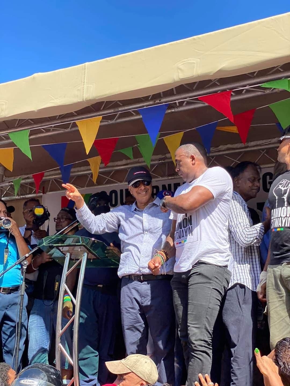 Les leaders de l'opposition ont réussi leur pari : une marche citoyenne et pacifique