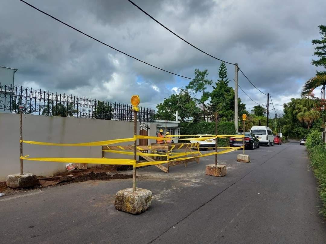 A Curepipe, la rue Couvent fermée en raison d'une mystérieuse découverte souterraine