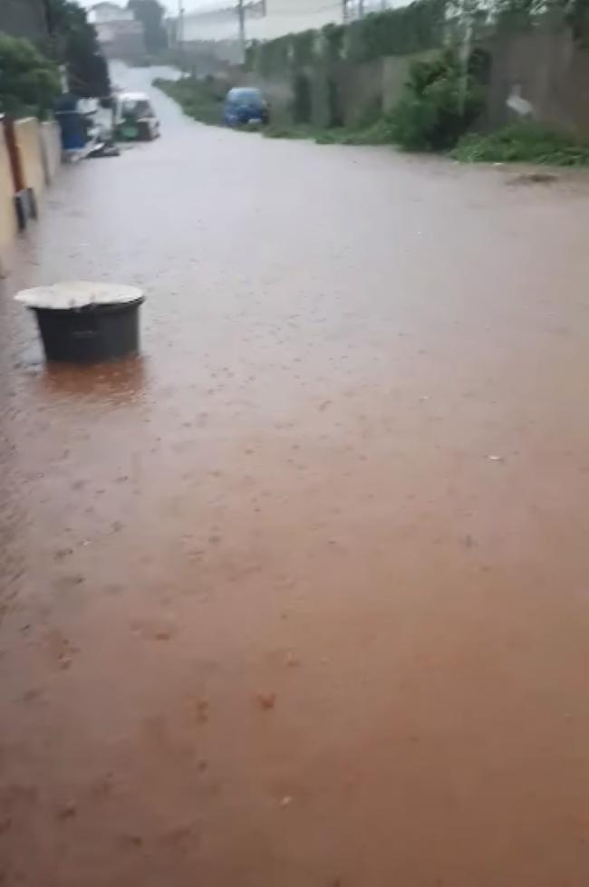 [Vidéo] Inondation à Chebel, Beau-Bassin dans l'indifférence générale des autorités