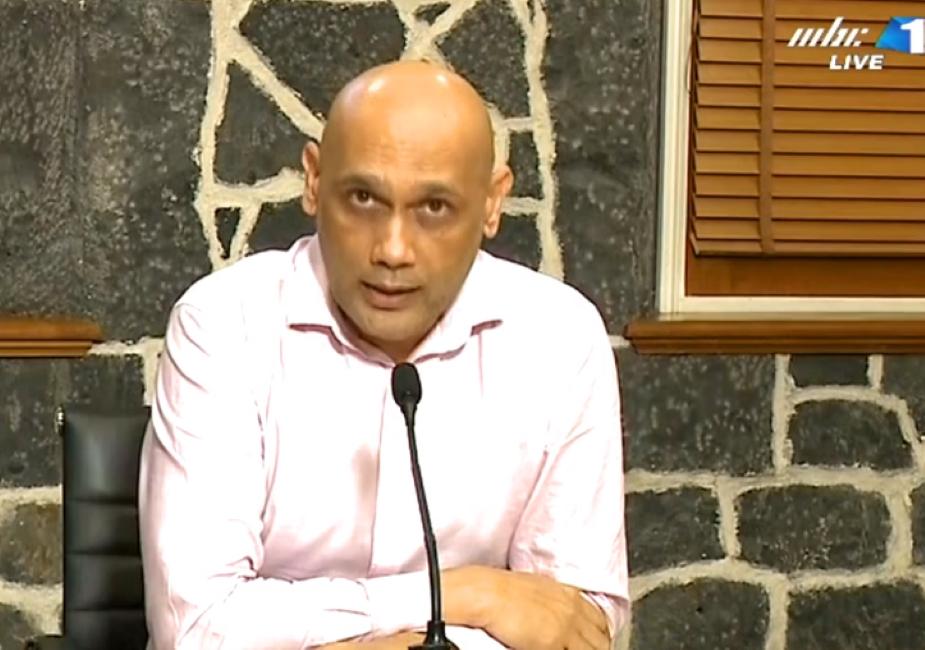 Le ministre de la Santé annonce un comité d'enquête sur la prise en charge des patients dialysés