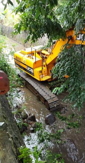 [En images] Mieux vaut tard que jamais ! Nettoyage de la rivière Sarcel, à Bramsthan