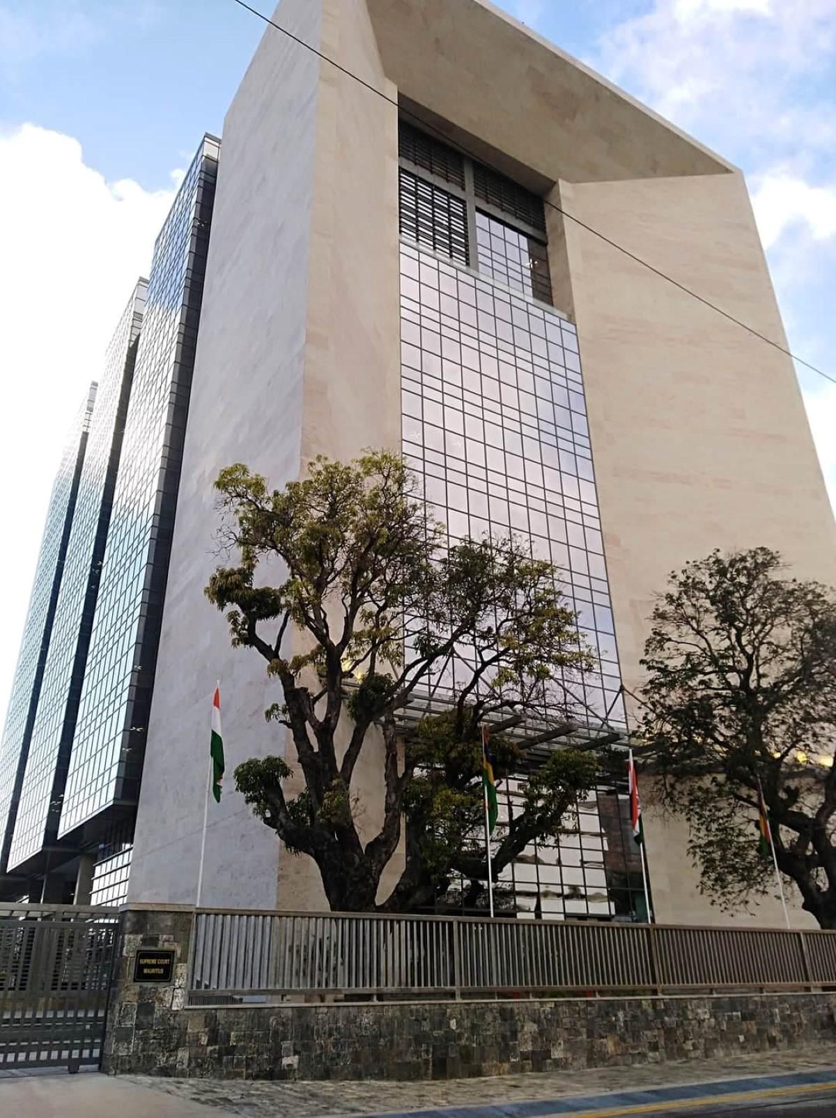 [Justice] Les tribunaux rouvrent le 3 mai