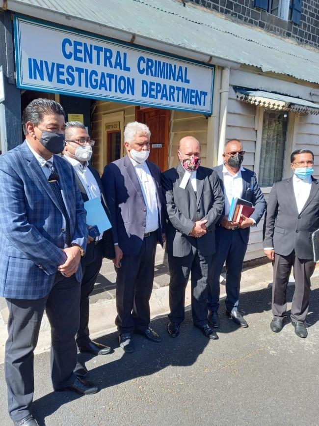 La police a reculé, affirme Rama Valayden