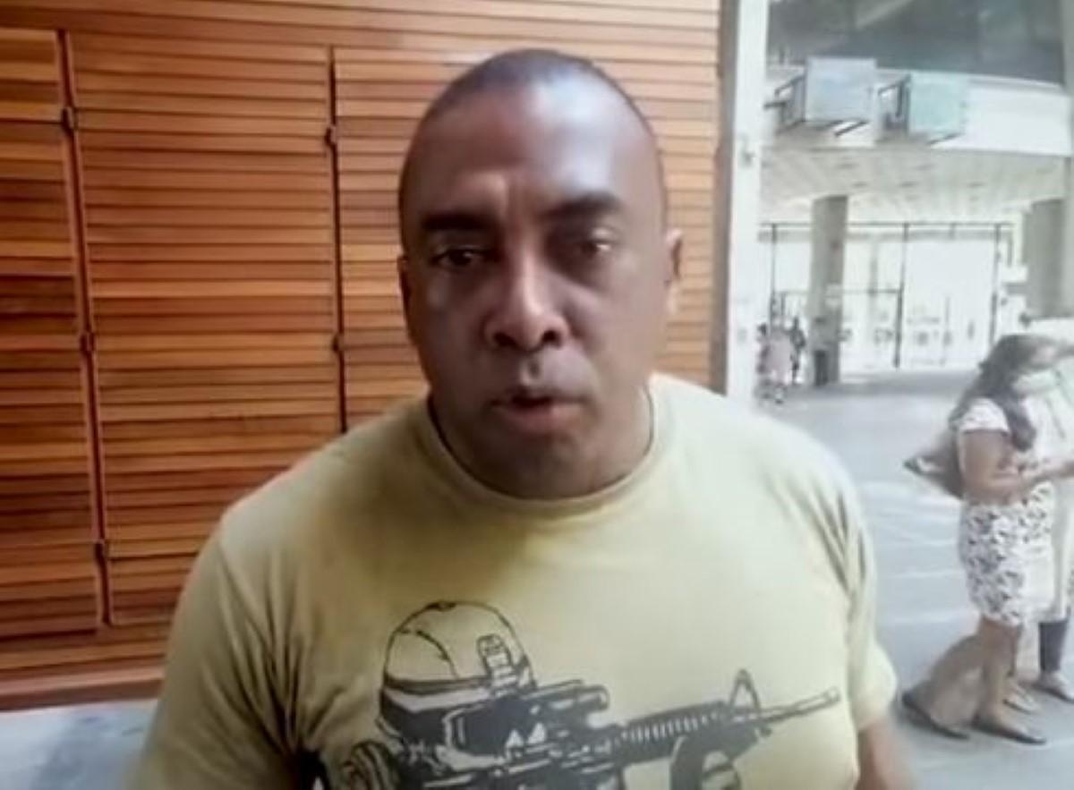 Un policier porte plainte contre Bruneau Laurette