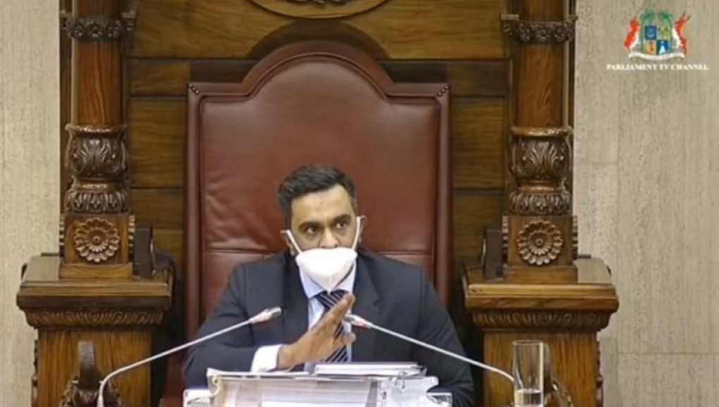 Le Deputy Speaker consigne une precautionary measure contre Laurette