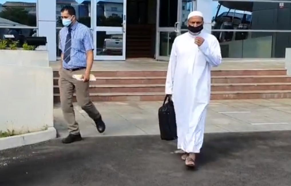 L'ex-directeur par intérim du CEB, Shamshir Mukoon, arrêté par l'Icac refuse de payer sa caution