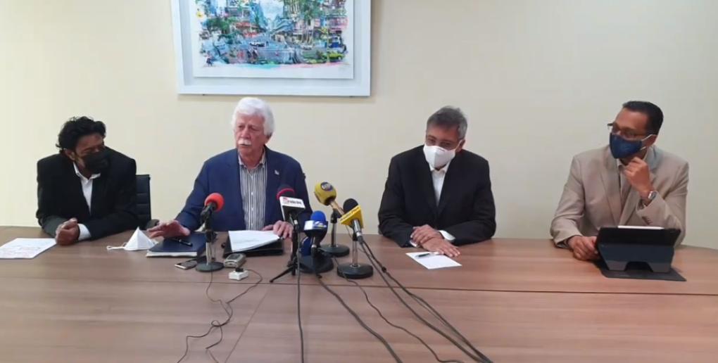La voix de l'opposition étouffée, selon Bérenger