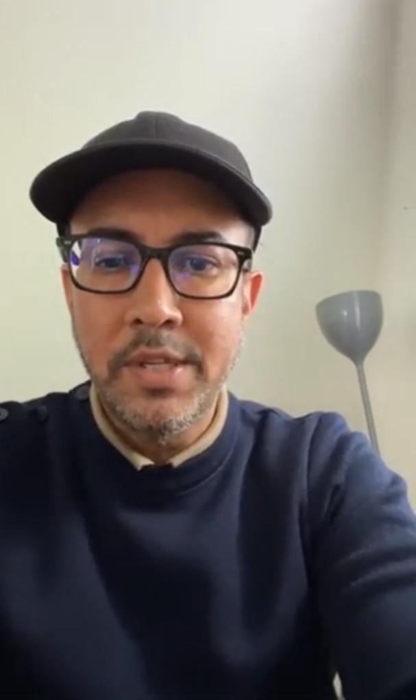 [Vidéo] En vacances, le député Shakeel Mohamed joue au patriote